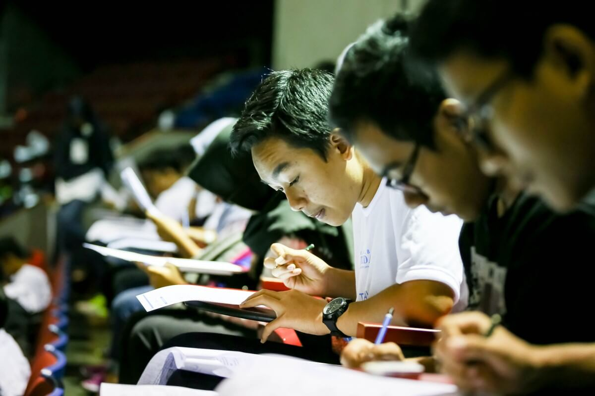 How will foreign-branch campuses affect Indonesia's student mobility?