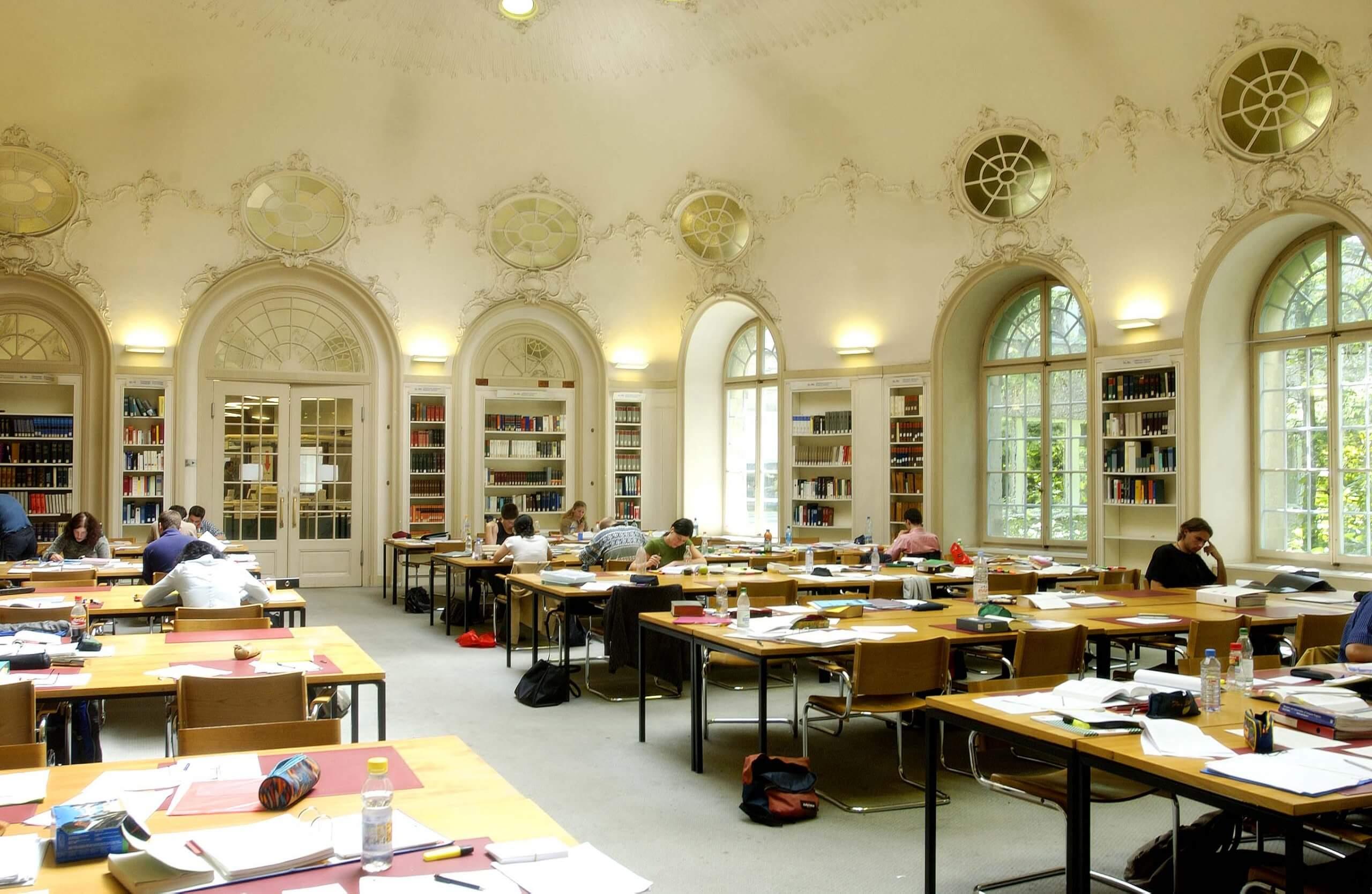 law schools in europe